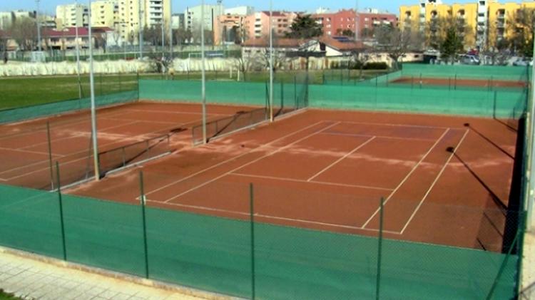 Hotel a senigallia con piscina e campi tennis - Piscina hidron campi ...